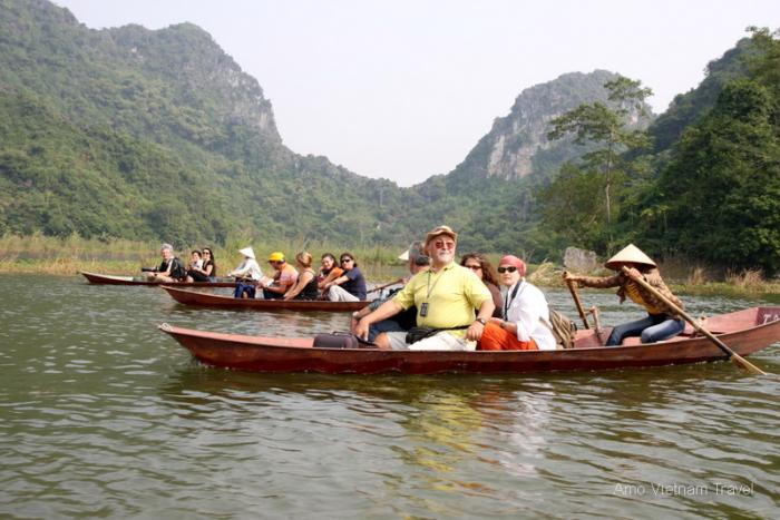 Huong pagoda - Amo Vietnam Travel